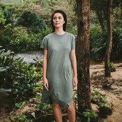 Shop women's tentree clothing