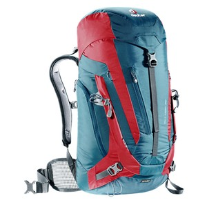 Deuter ACT Trail 30 in Arctic/Fire