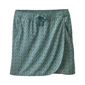 Patagonia Fleetwith Skort Womens in Bluff River Multi:Tasmanian Te