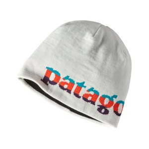 Patagonia Beanie Hat in Logo Belwe:Birch White