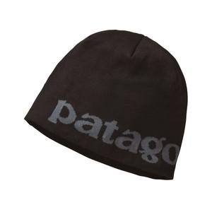 Patagonia Beanie Hat in Logo Belwe:Black