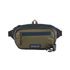 Patagonia UL Black Hole Mini Hip Pack in Ink Black