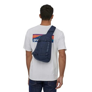 Patagonia Atom Sling 8L in Classic Navy/Classic Navy