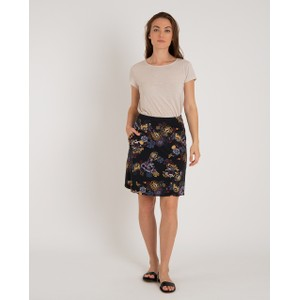 Sherpa Padma Pull-On Skirt Womens in Black Print