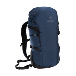 Arcteryx  Brize 25 Backpack in Nocturne