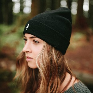 tentree Wool Kurt Beanie in Meteorite Black