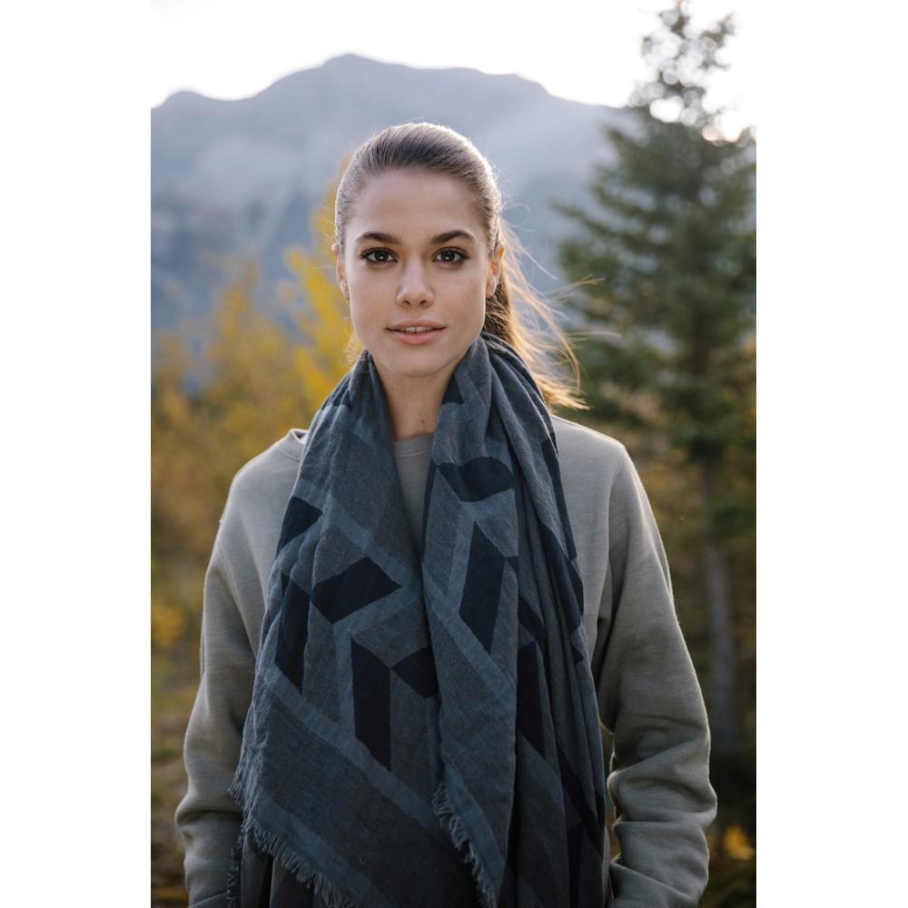 tentree Cotton Intarsia Blanket Scarf Meteorite Black/Coal Grey