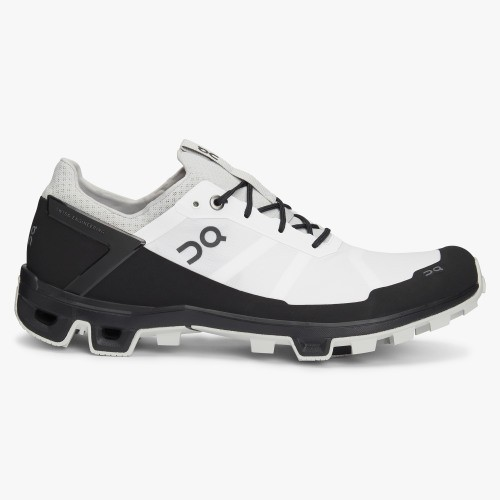 On Running Cloudventure Peak Mens White/Black