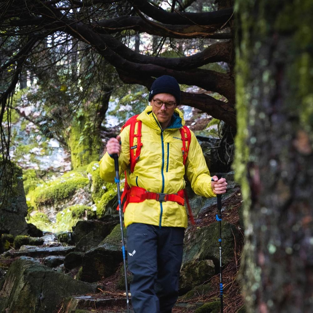 Patagonia DAS Light Hoody Mens Chartreuse