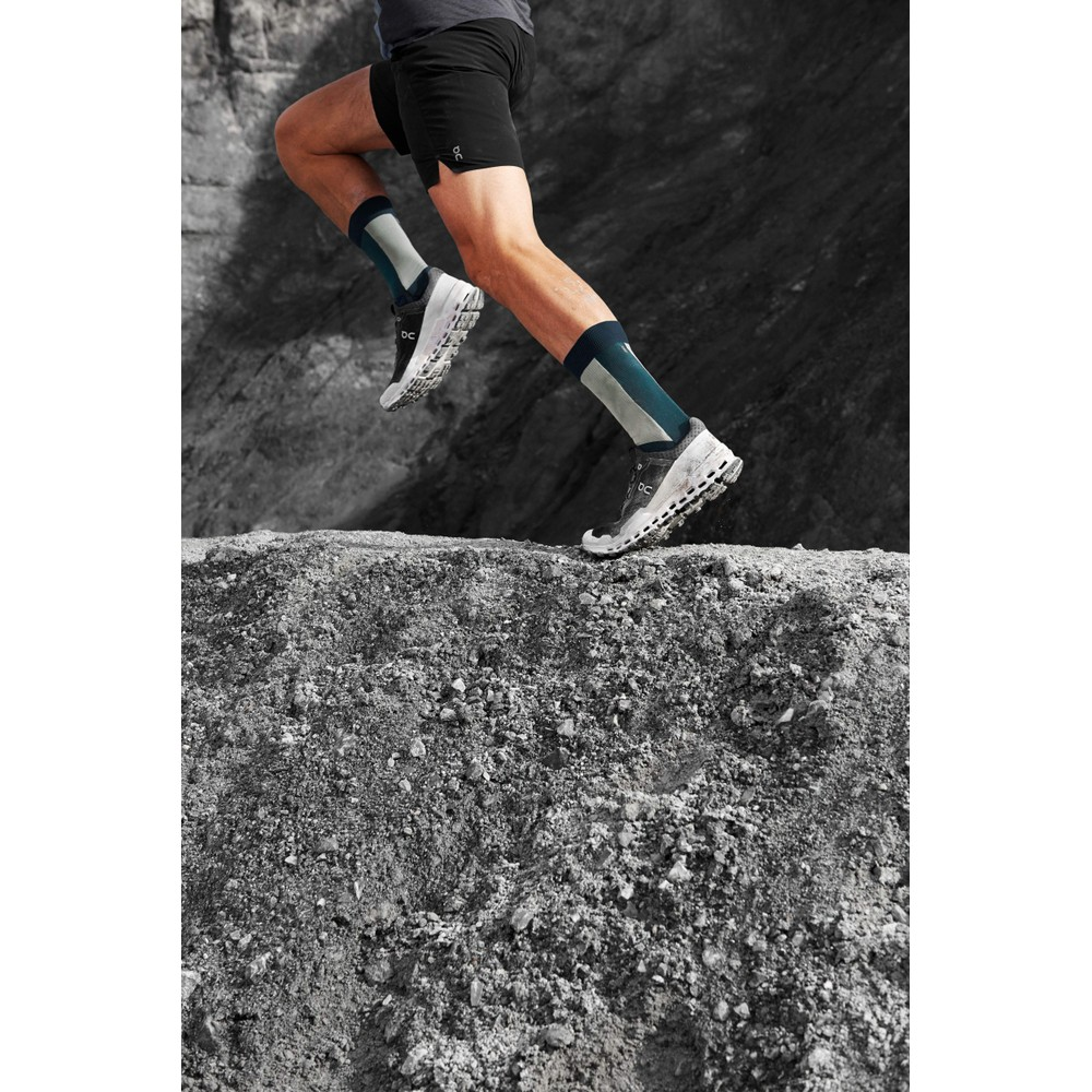 On Running Cloudultra Mens Black/White