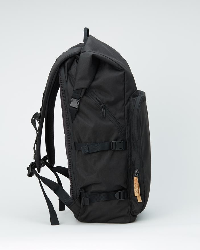 tentree Mobius 35L Backpack Meteorite Black
