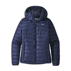Patagonia Down Sweater Hoody Womens in Classic Navy