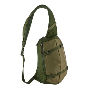Patagonia Atom Sling 8L in Fatigue Green