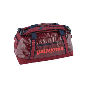 Patagonia Black Hole Duffel 45L in Arrow Red
