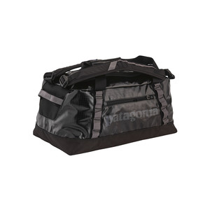 Patagonia Black Hole Duffel 45L in Black